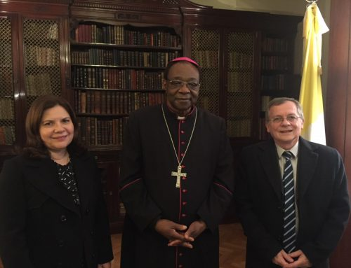 Médicos Católicos, con el nuevo nuncio en Argentina