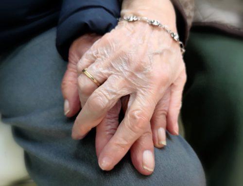 Sanitarios mayores de 70: ¡también héroes!