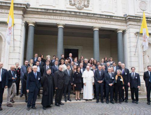 POPE ON NARCOTICS / EL SANTO PADRE SOBRE LA DROGA