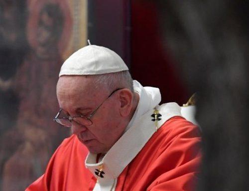 Il Papa: così sto vivendo l'emergenza pandemia