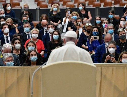Pope reiterates human dimension of care of the sick