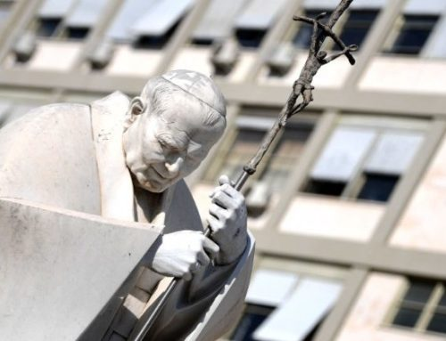 Quiet day for Pope Francis who gradually begins activities again